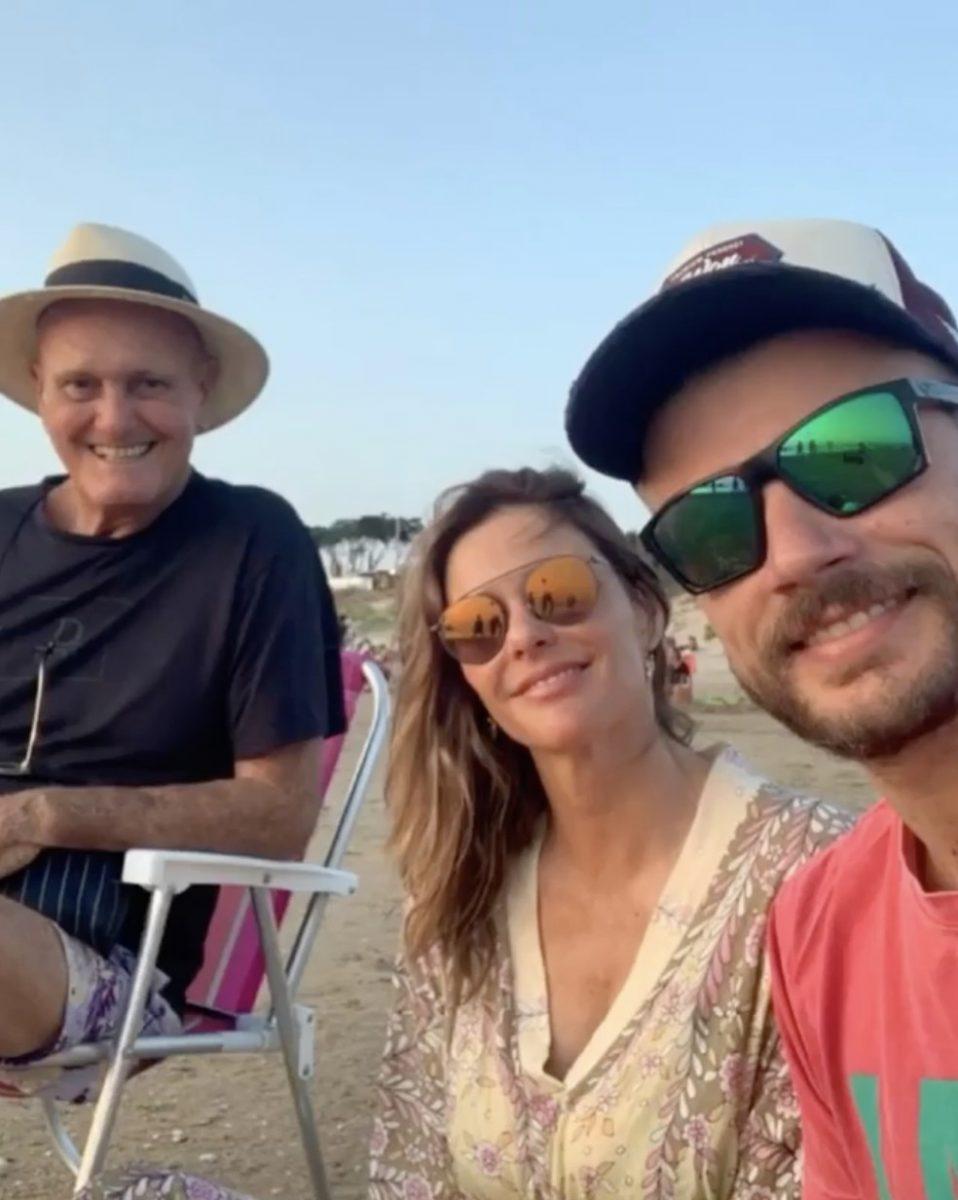 Cleomar Lima, Fernanda Lima e Rodrigo Hilbert em foto publicada pela apresentadora neste sábado (18) nas redes sociais — Foto: Reprodução/Instagram/Fernanda Lima