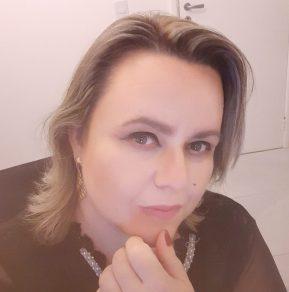 Nara Rúbia Ribeiro